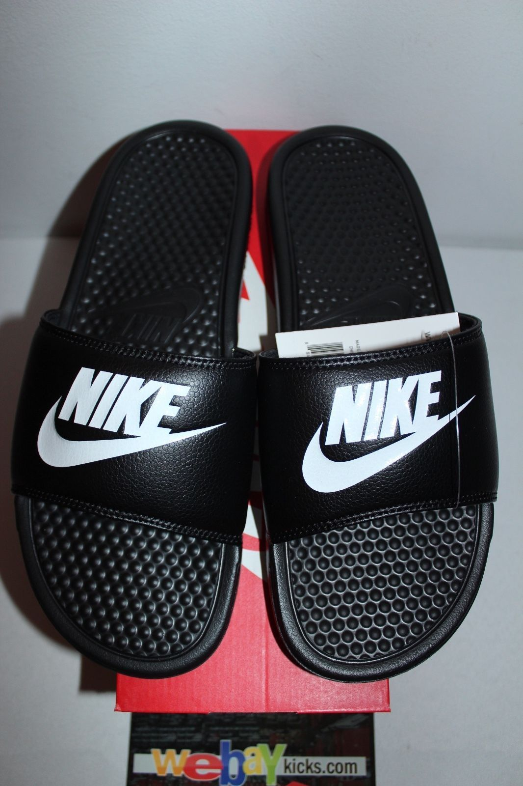 ddfe4dfffdd9 ... Nike Air Benassi JDI Black White Slide Slippers 343880-090 Men s Size 7-11  ...