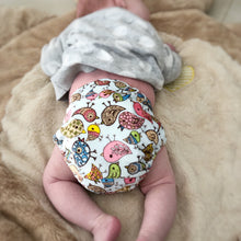 Load image into Gallery viewer, Newborn Pocket Nappy - Little Birdie