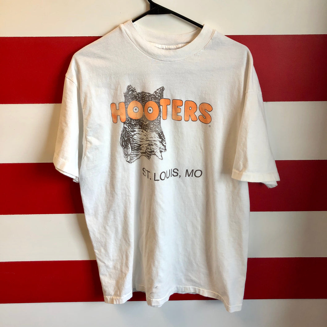90s Hooters St Louis 'Delightfully Tacky Yet Unrefined' Shirt
