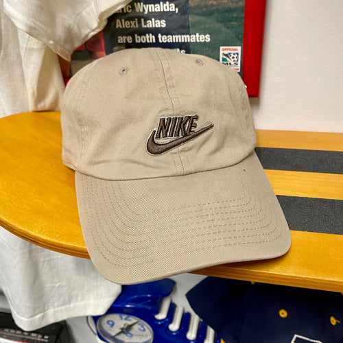 Early 2000s Nike Fitted Hat