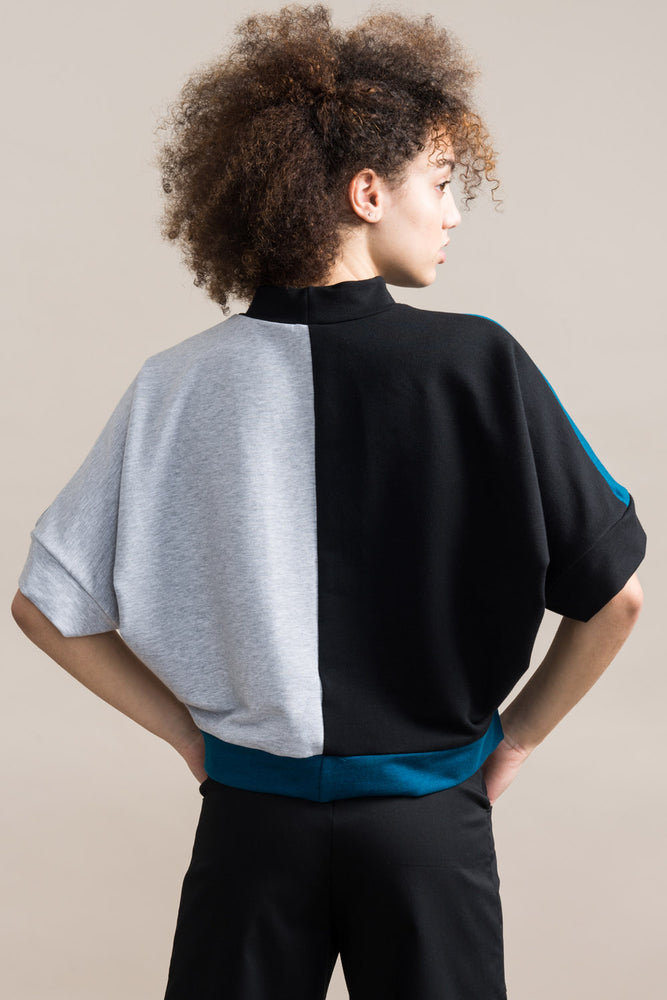 Load image into Gallery viewer, Razia Sweatshirt