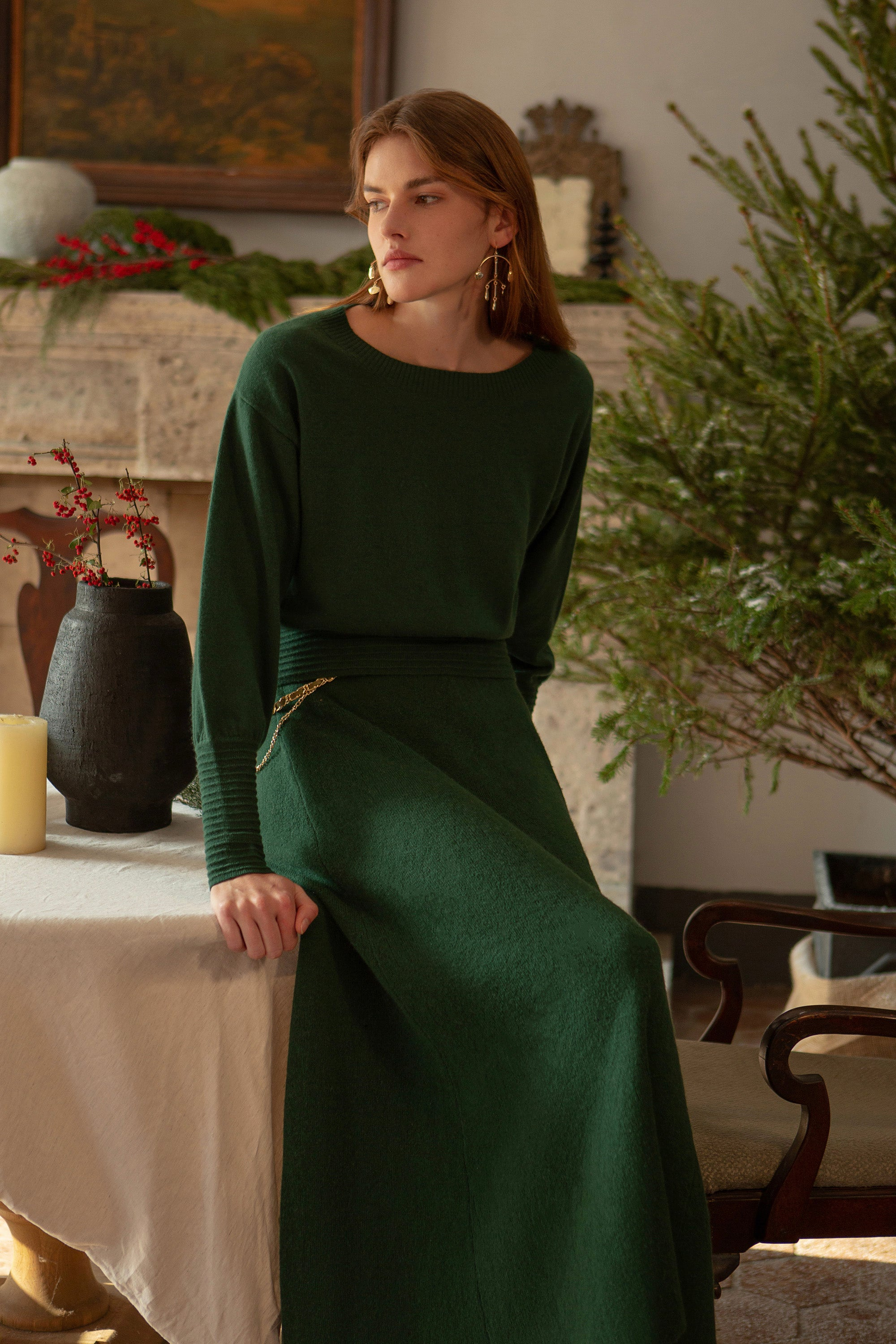 green sweater, green sweater women, green cashmere sweater, crew neck cashmere sweater, crew neck sweater womens, bishop sleeve sweater, bishop sleeve, bishop sleeve top