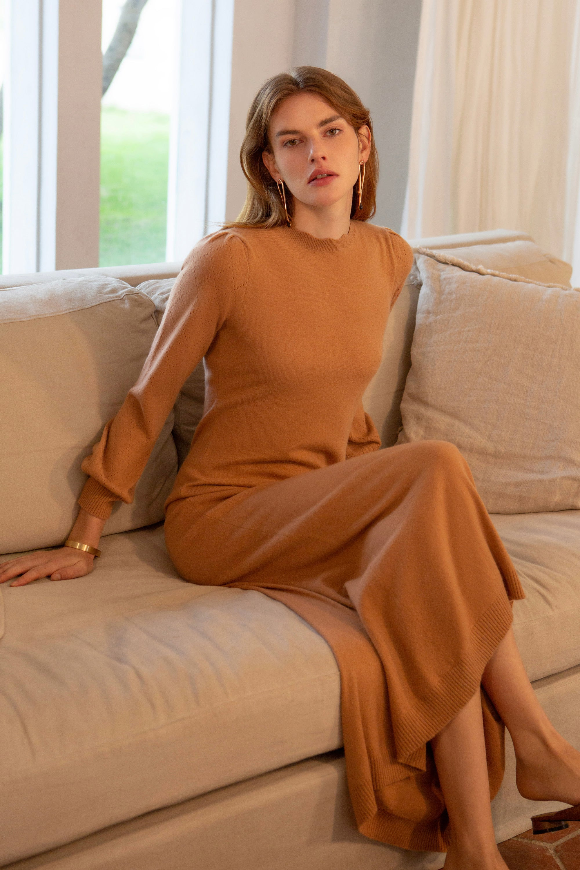 cashmere dress, sweater dress, sweater dress for women,  sweater dress women, scallop neck, scallop neckline, scallop neck dress, scallop neckline dress, cashmere maxi dress, knitwear maxi dress, knit maxi dress, maxi dress, puff sleeve dress, dress with puff sleeve,fall sweater dress