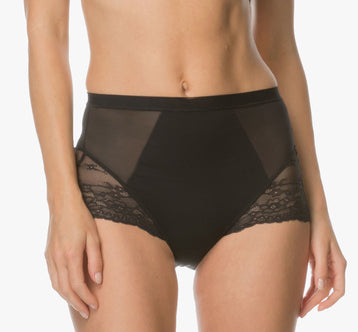 LACE Spotlight Brief in Very Black
