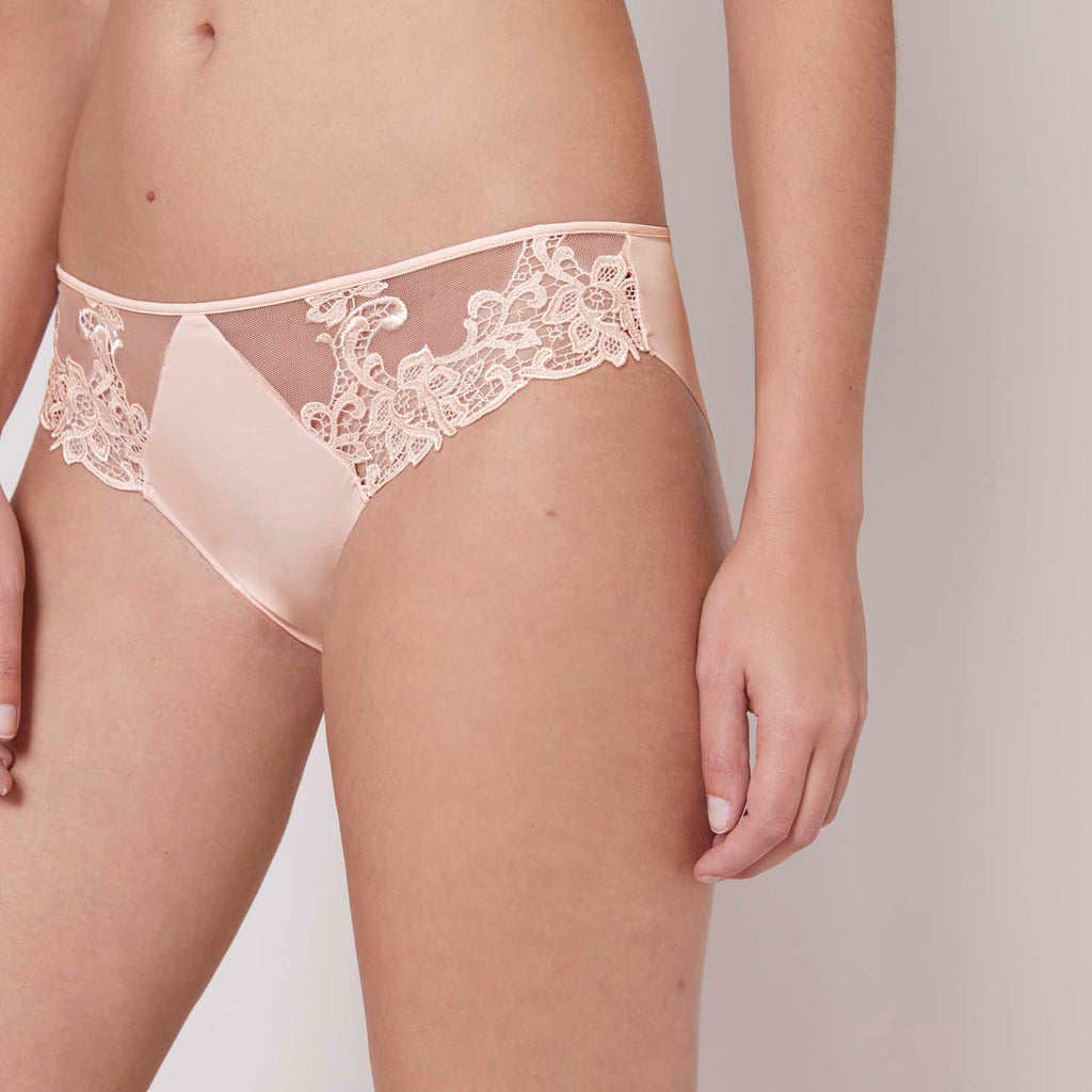 SAGA Briefs in Blush