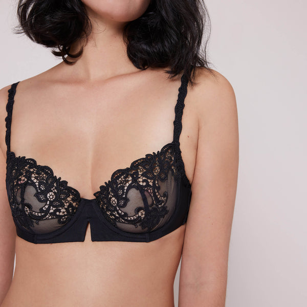 SAGA Demi Bra in Solid Black