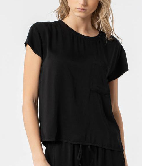 FLOWY Short Sleeve Pocket Tee in Black