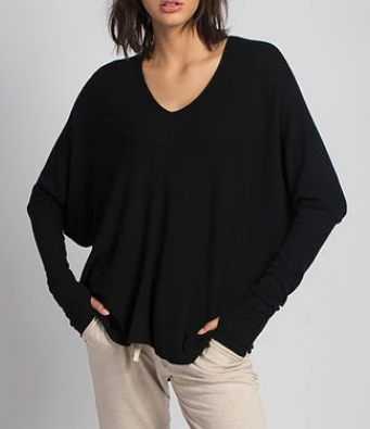 GRACE Oversized V-Neck Sweater in Black
