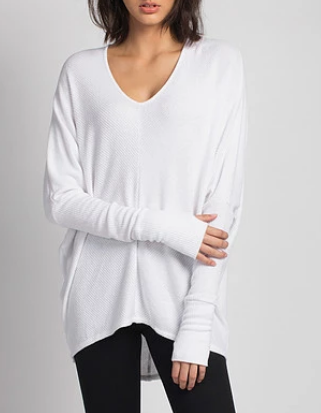 GRACE Oversized V-Neck Sweater in White