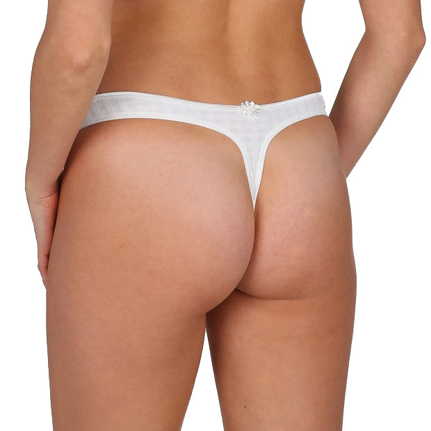 AVERO Thong in White