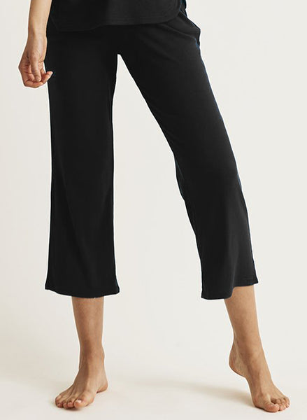 NOELLE Crop Pants in Black