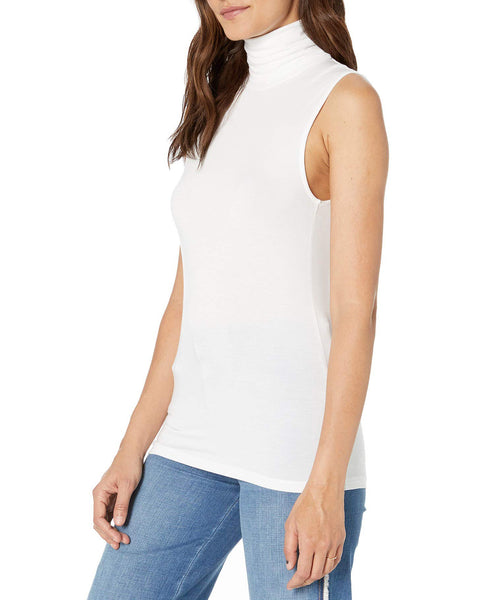 Soft Touch Sleeveless Turtleneck in Blanc