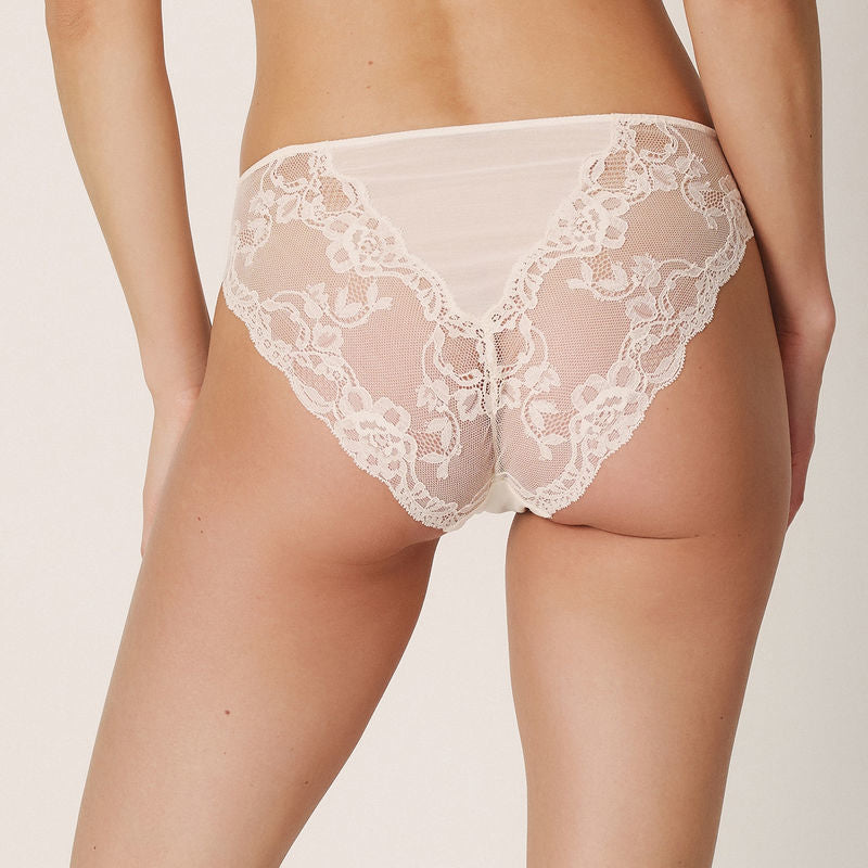 BELLA Briefs in Pearled Ivory