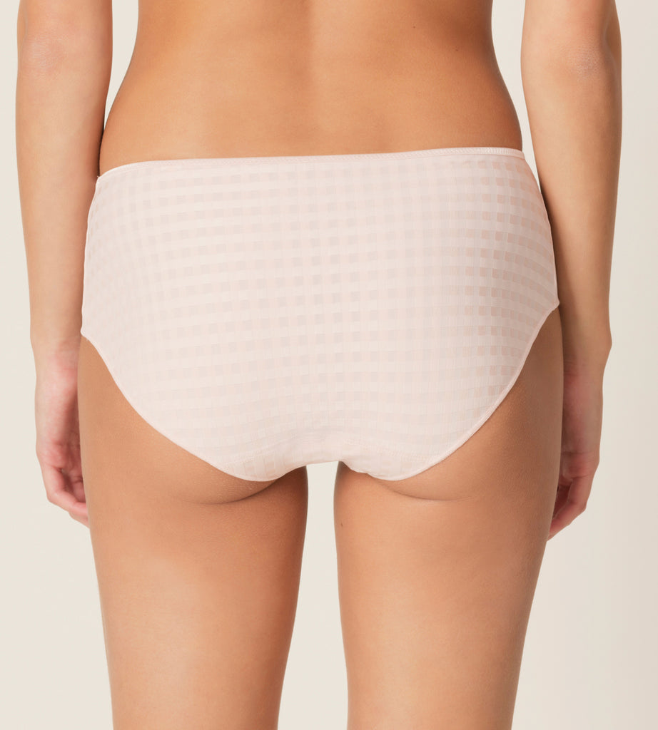 AVERO Shorts in Pearly Pink