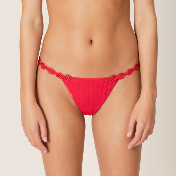 AVERO String Thong in Scarlet