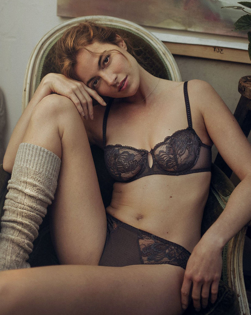 PROMESSE Lace Demi Cup in Anthracite
