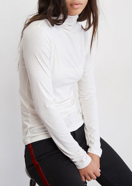 TALISIA Gauzy Whisper L/S Mock Neck in White