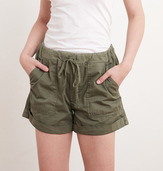 TENLEY Drawstring Shorts in Forest