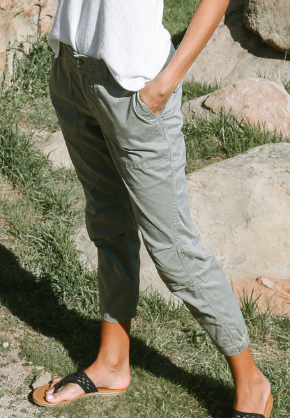 INDIANA Cotton Lyocel Pants in Vetiver