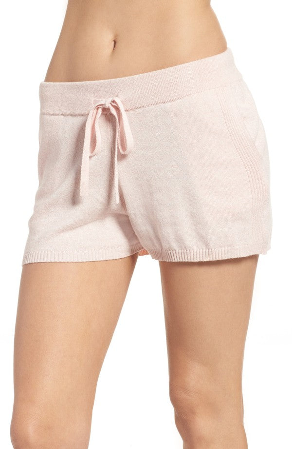 VIC Shorts in Soft Pink