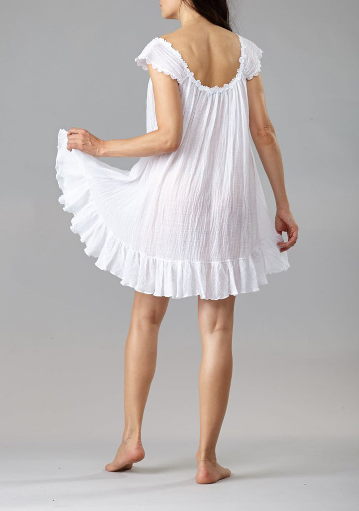 Short Gauze Gown with Cap Sleeves in White