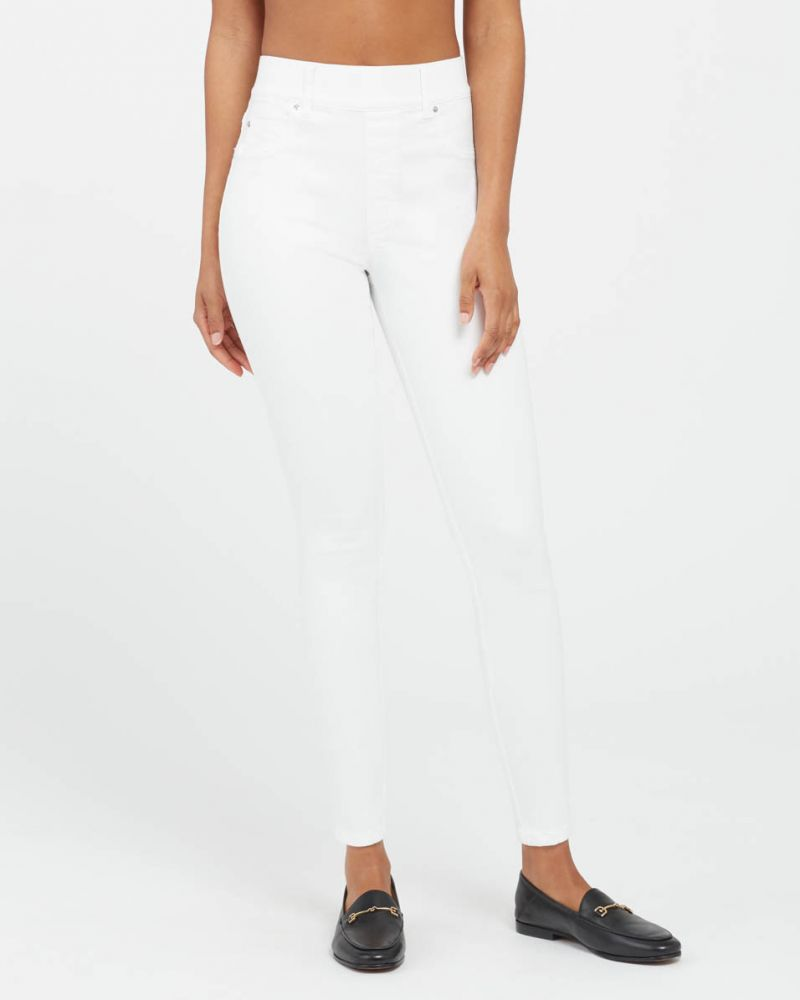 Skinny Ankle Jeans in White