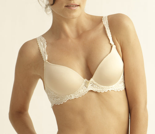 YVONNE Smooth & Lace Convertible Bra in Nude/Vanilla