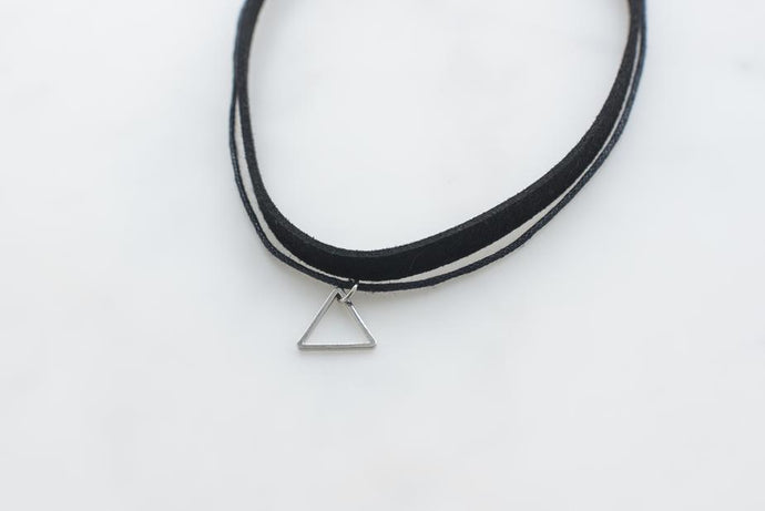 Choker with Triangle