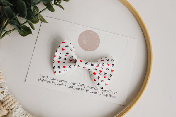 Hugs + Kisses - Benson Bow Tie