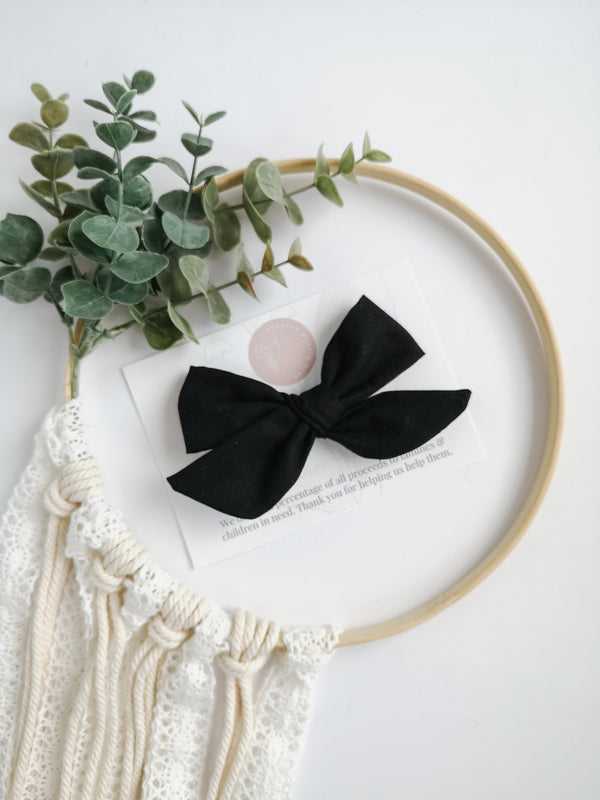 Black Brielle Bow