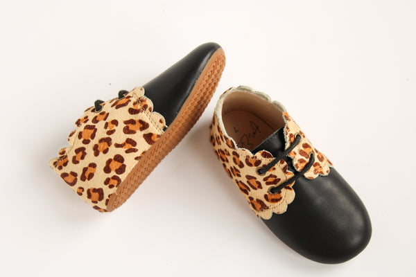 Leopard Scalloped Booties