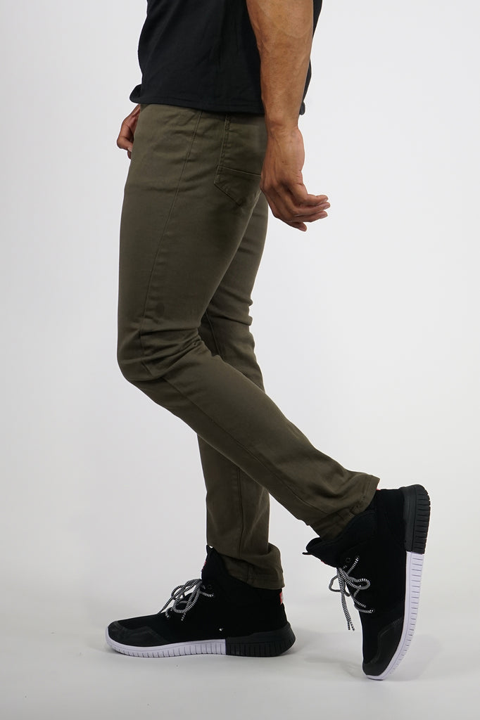 Aao Essential Men Basic Color Twill Pants