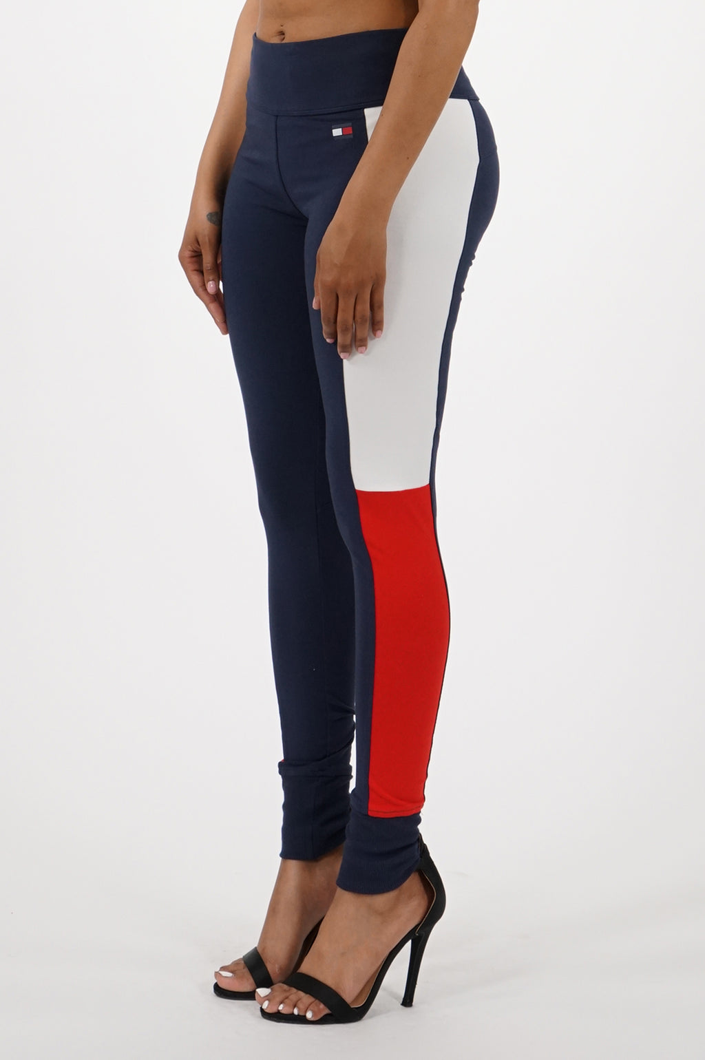 Tommy Hilfiger Activewear Womens Mid Rise Cuffed Flag Blocked Legging