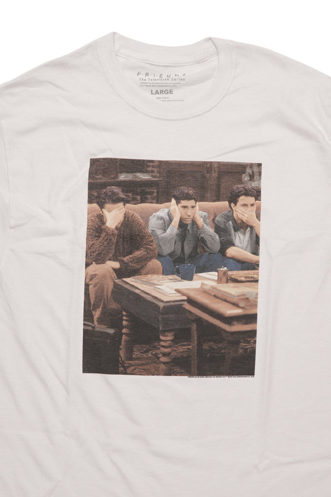 Aao Fashion Men Graphic S/S Tee Friends