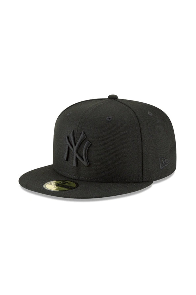 New Era New York Yankees Blackout Basic 59Fifty Fitted Hats