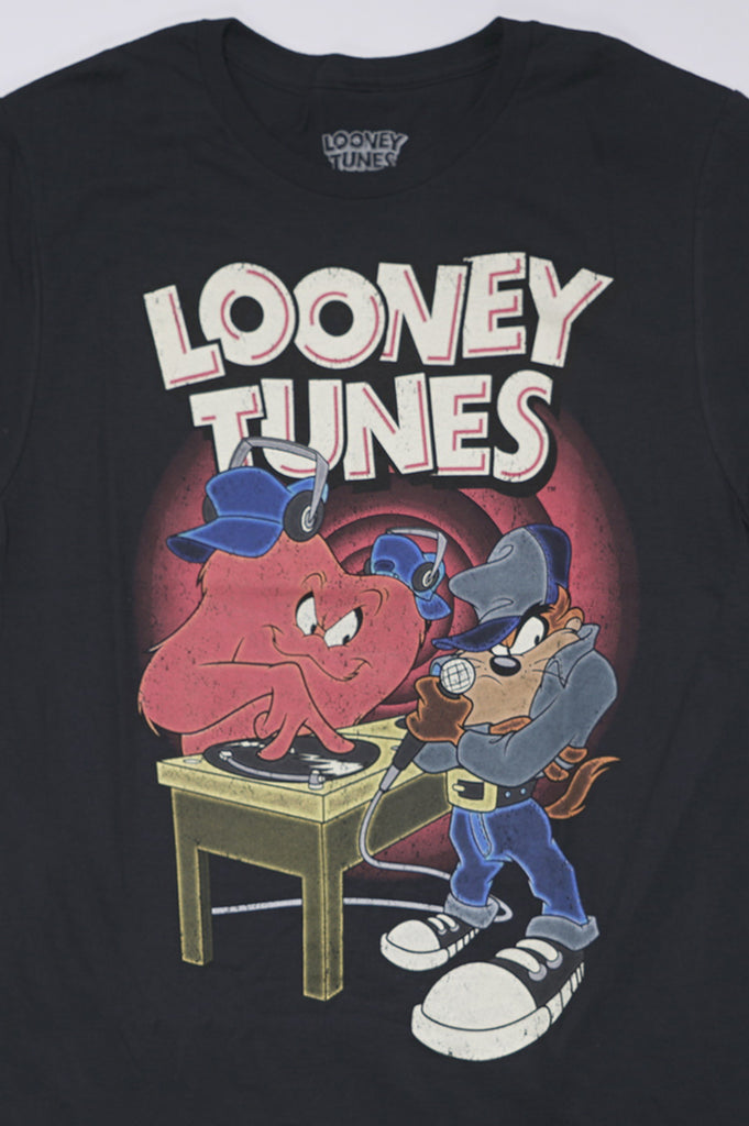Aao Fashion Men Looney Tunes S/S Graphic Tee