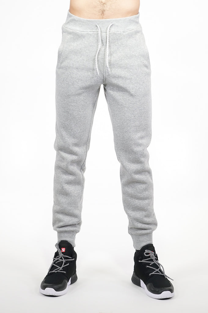 Aao Essential Men Basic Fleece Joggers