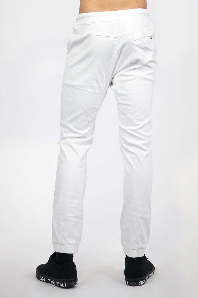 Aao Essential Men Basic Twill Joggers