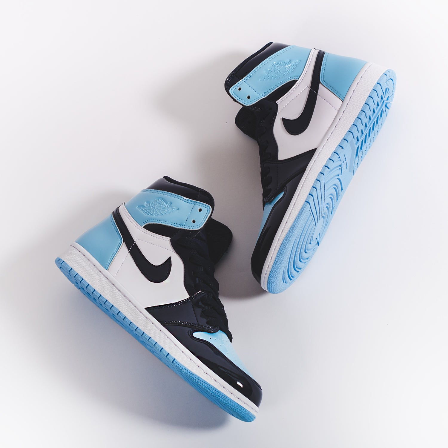 official photos 1b3c0 2b1f3 Women s Air Jordan 1 Retro High OG UNC CD0461-401   Chicago City Sports