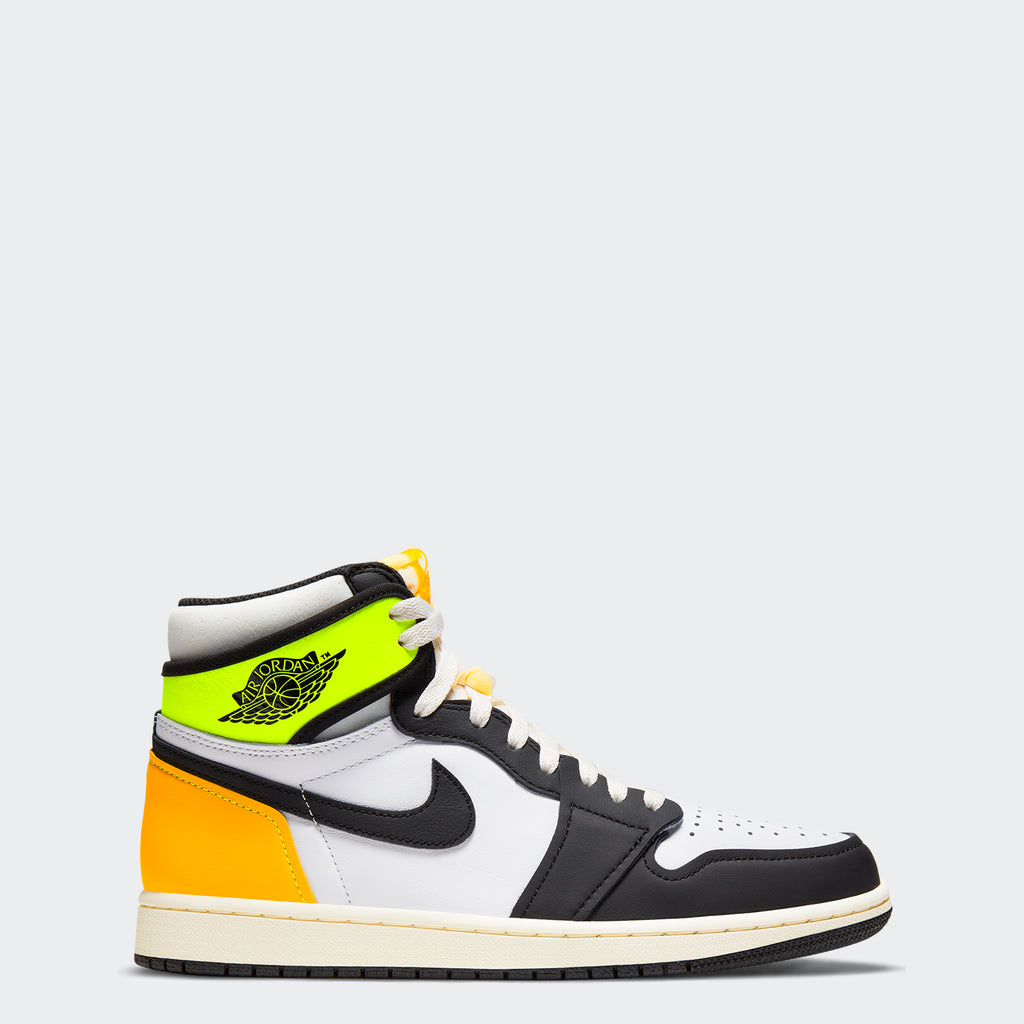 "Men's Air Jordan 1 Retro High OG ""Volt Gold"" 555088-118 
