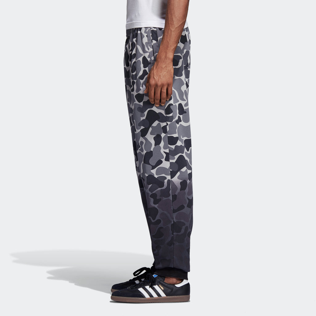 Men's adidas Originals Camouflage Dip-Dyed Pants