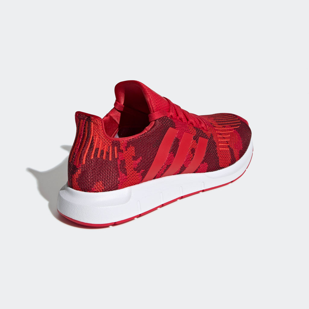 Men's adidas Originals Swift Run Shoes Scarlet Camo
