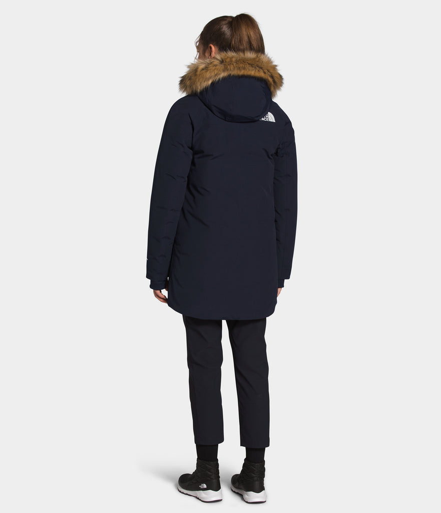 Women's The North Face New Outer Boroughs Parka Navy NF0A4R3JRG1 | Chicago City Sports | rear view on model