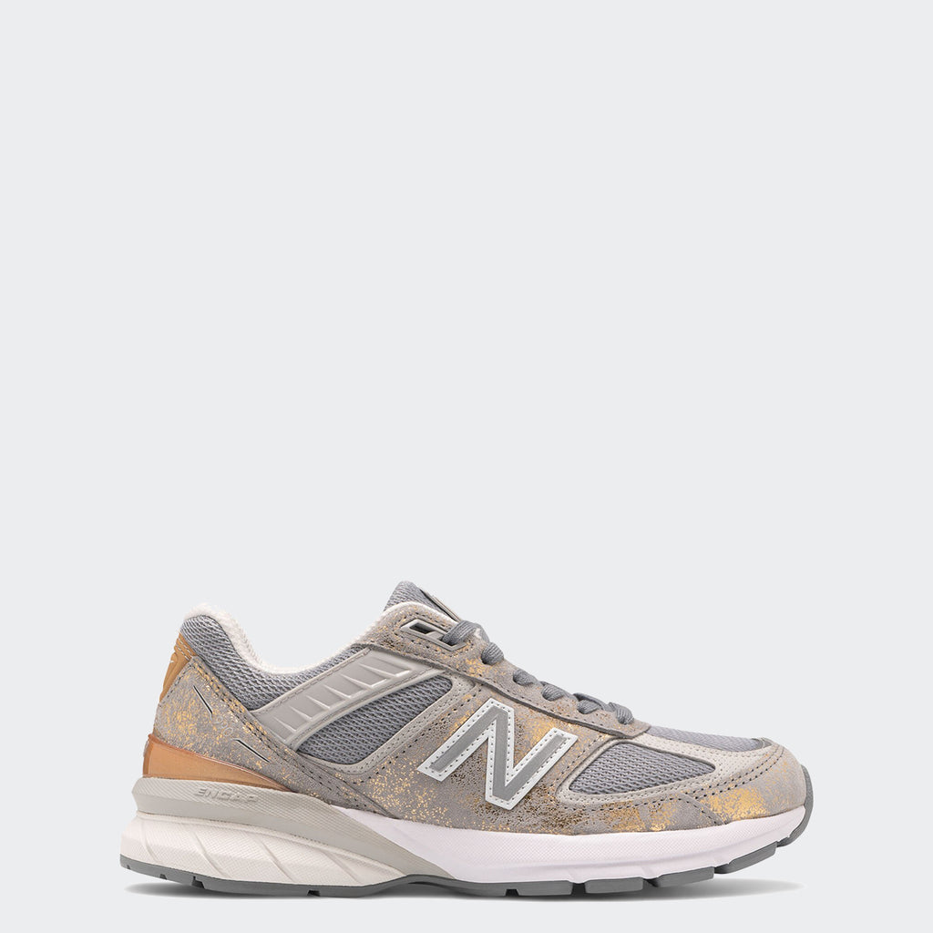 Women's New Balance 990v5 Made in US Moonbeam