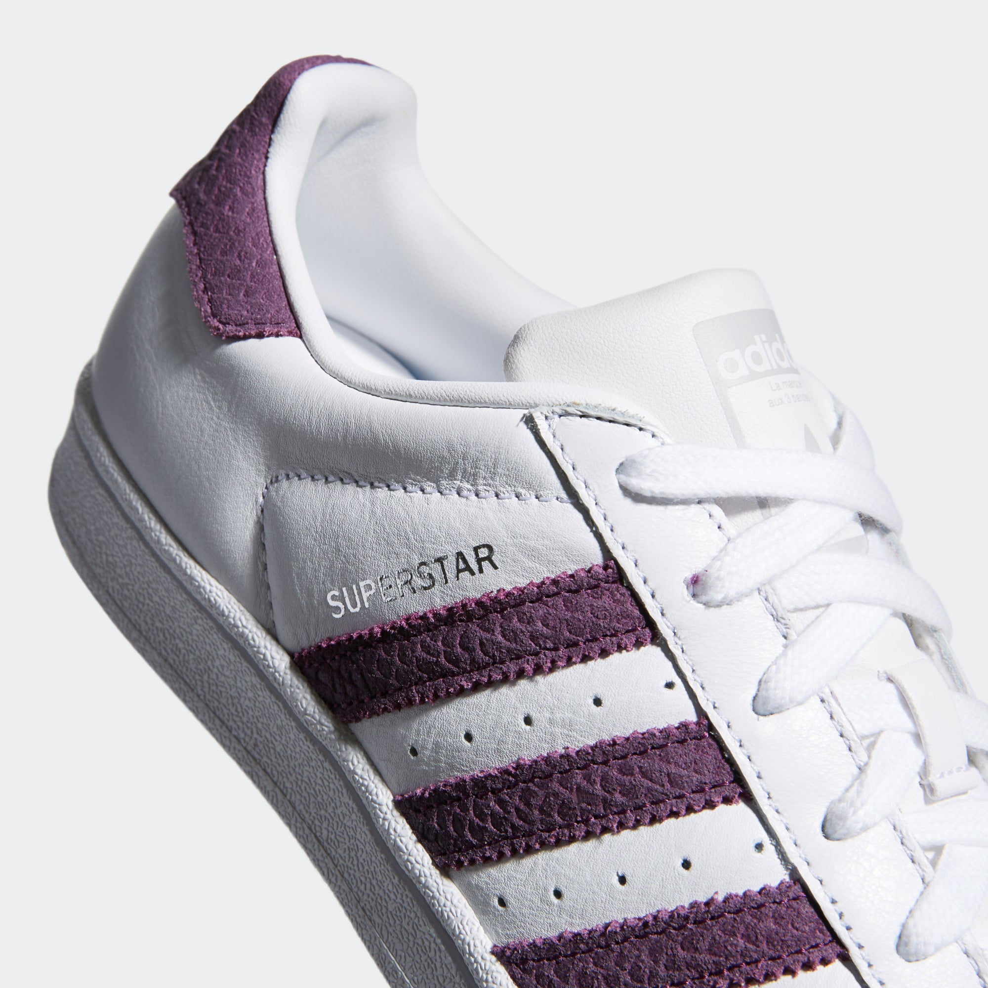 the latest 476a2 6cff3 Women's Adidas Originals Superstar Shoes Cloud White Red Night - 5 / WHITE