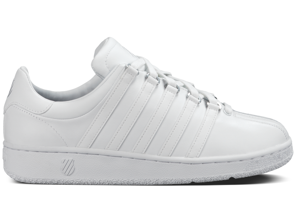 Women's K-Swiss Classic VN Shoes Triple White