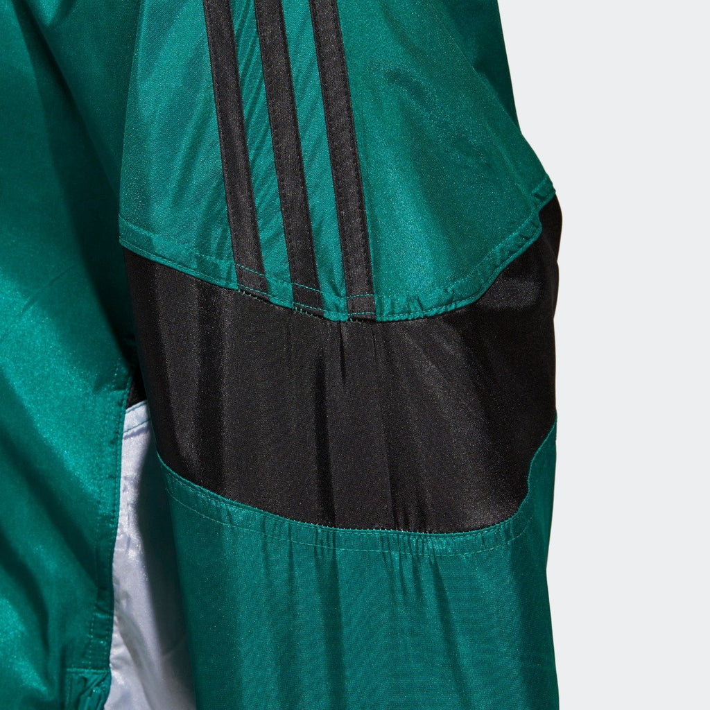 Men's adidas Originals CLR-84 Woven Track Jacket Sub Green CV4604 | Chicago City Sports | sleeve view