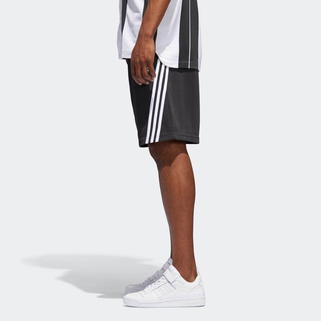 Men's adidas Originals Wrap Shorts Carbon CE4850 | Chicago City Sports | side view on model