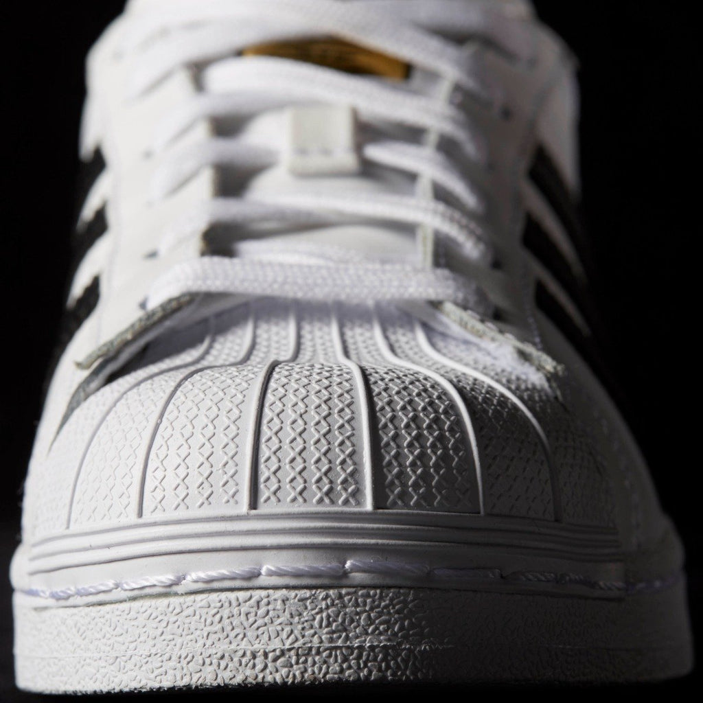 Women's adidas Originals Superstar Shoes White Black C77153 | Chicago City Sports | detailed toe view