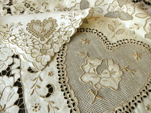 Hearts & Flowers Vintage Madeira Hand Embroidered Linen Tablecloth & 12 Napkins